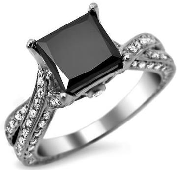 YOUR UNIQUE ENGAGEMENT RING