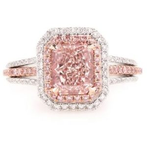 stunning_engagement_ring_2